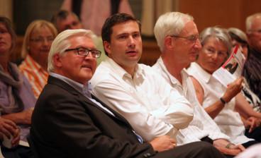 Frank-Walter-Steinmeier, Martin Dulig und Dr. Jürgen Schmude bei einem Treffen des Freundeskreises Herbert-Wehner-Bildungswerk.