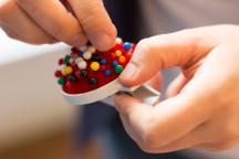 Pinnadeln gehören zum Handwerkszeug in der Moderation von Gruppen.
