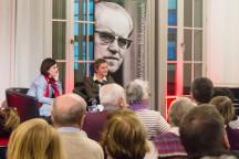 Podiumsgespräch mit der Frauenkirchenpfarrerin Angelika Behnke